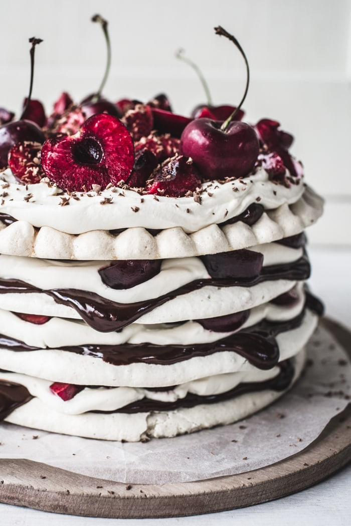 Meringue Layer Cake Chocolate