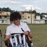 David Luiz prestigiou treino do Tupi nesta sexta em Santa Terezinha