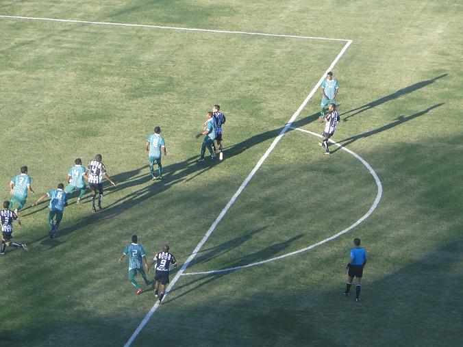 Tupi empata com o Gama em 1 a 1 e segue líder da chave
