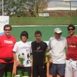 Rogério Melzi  ( Vice Presidente Estácio de Sá ), Felipe Frias, Tiago Aguiar, Mário Zoet ( Organizador JF Tennis Classic) e Felipe Miana ( organizador do evento)