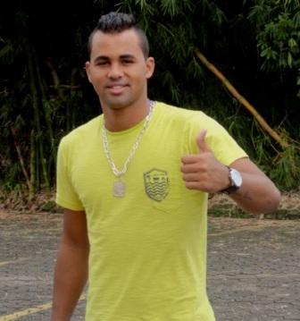 Paulo Vitor pede rescisão e deixa o Carijó