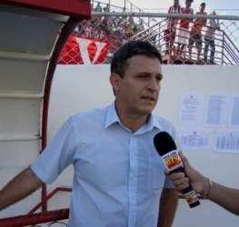 Welington Fajardo não é mais técnico do Villa Nova