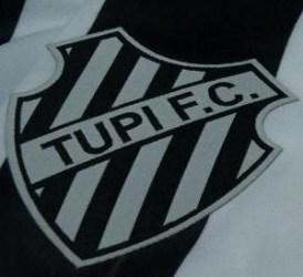 Roy é o novo treinador do Tupi. Ouça na nossa rádio web, às 14h