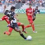 Araxá estreia treinador na luta para não cair