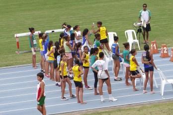 Escola Carlos Drummond de Andrade é destaque no atletismo
