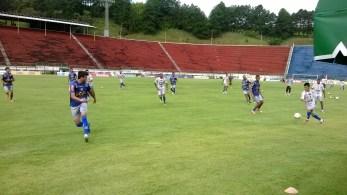 Da Silva aposta em contra-ataques. Time indefinido