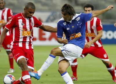 Lance de Cruzeiro 3x1 Villa: campanha do Leão não é boa no Estadual