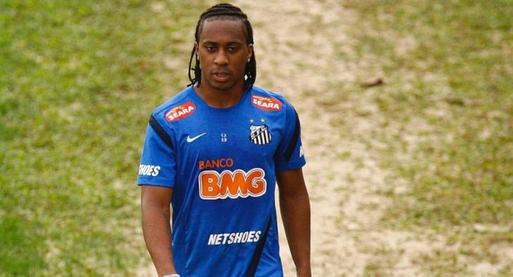 """Volante Arouca, do Santos, foi chamado de """"macaco"""" por torcedores do Mogi Mirim"""