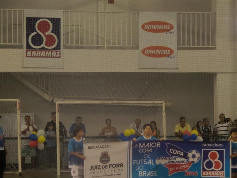 Desfile de abertura da Copa Prefeitura Bahamas de Futsal 2014 - Foto: Arquivo Toque de Bola