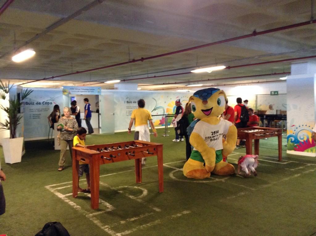 Centro de Ingressos da FIFA em Belo Horizonte proporcionou atrações aos torcedores e tranquilidade na retirada das entradas