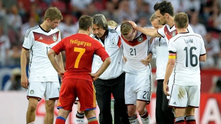Meio-campista alemão, Reus, do Borussia Dortmund, é nova dúvida para a Copa do Mundo