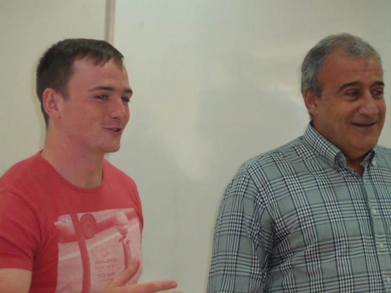 Com o suporte do SESI, Connor (esquerda) tem a missão de difundir o rugby em Juiz de Fora