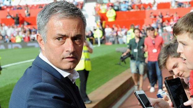 O português José Mourinho, atual treinador do Chelsea, é um dos nomes cotados a assumir a seleção brasileira