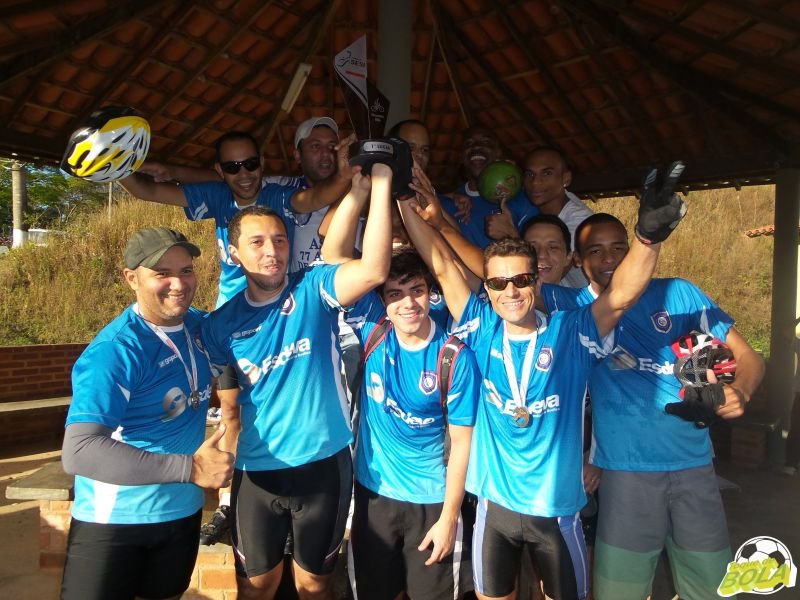 Equipe de ciclismo de montanha (mountain bike) da Esdeva