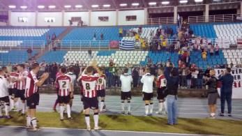 Exeter City leva cerca de 100 torcedores à UFJF. Veja fotos