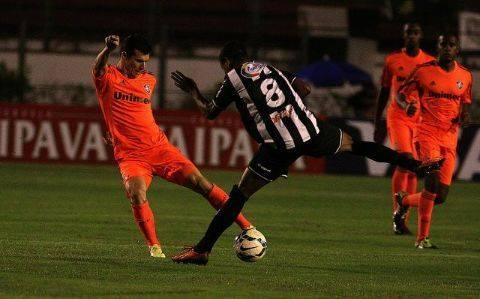Maguinho esteve em campo contra o Fluminense de Fred, Conca, Wagner e companhia, na Copa do Brasil