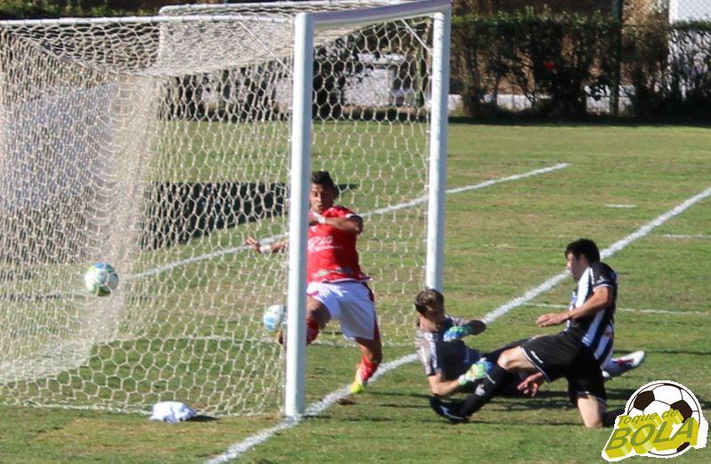 13 - bola entra segundo gol