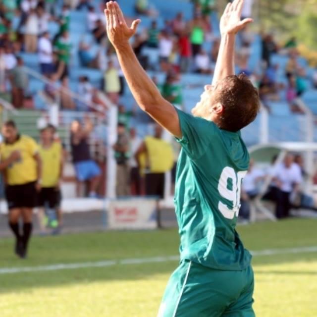 Luiz Eduardo é o artilheiro do Estadual com 5 gols. (Foto: Luciano Santos)