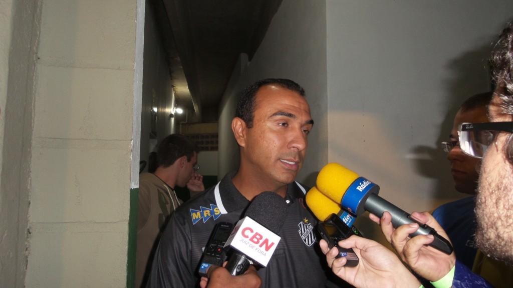 Felipe Surian estava abatido, mas mostrou serenidade na entrevista coletiva após o empate sem gols diante do Boa
