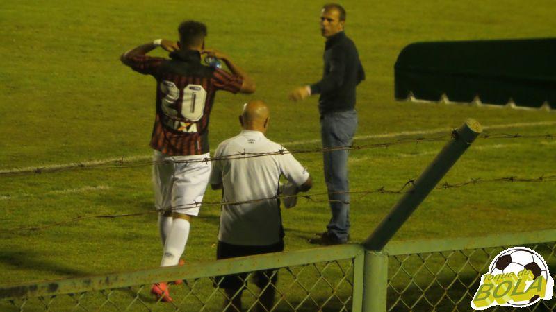 Nem o técnico Milton Mendes estará em campo contra o Nacional no sábado