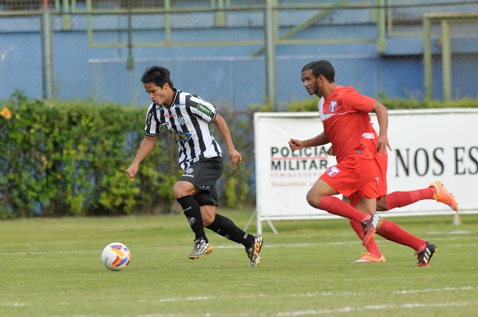 Daniel Morais marcou duas vezes e poderia ter feito ainda mais gols na partida