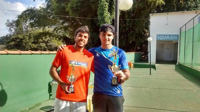Campeão da Classe 1: Kaio Dias (direita)