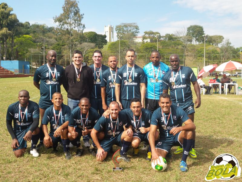Esdeva: título invicto no futebol sete master