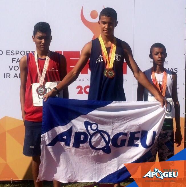 João Macedo foi destaque no Atletismo da fase estadual dos JEMG