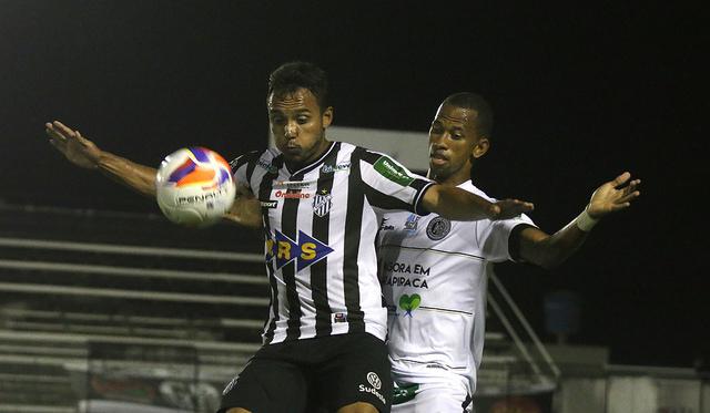 Derrota para o Tupi por 2 a 1 foi a primeira do ASA jogando em casa neste ano (Foto: Leonardo Costa/tupifc.esp.br)