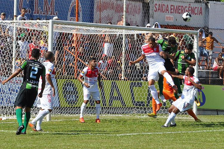 Guarani imprimiu forte ritmo sobretudo no segundo tempo e conquistou vitória elástica (Foto: Tulio Kaizer/Superesportes)