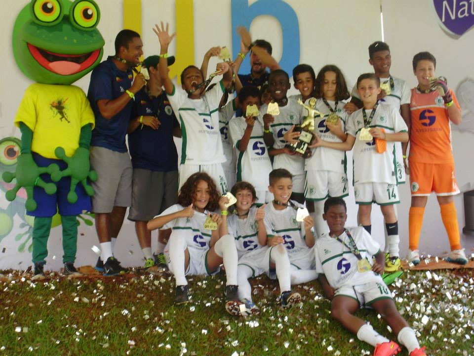 Elenco campeão da Série Prata da Go Cup em 2015 (Foto: Divulgação)