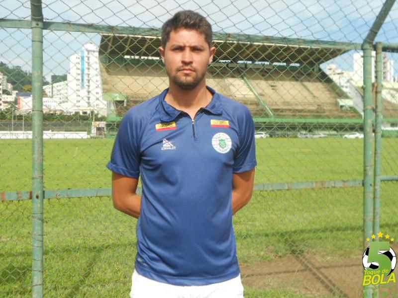 Rodrigo Moreira, técnico da equipe do Sport sub-12