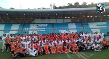 No encontro local do futebol americano, JF Mamutes vence JF Red Fox. Equipes reivindicam mais apoio