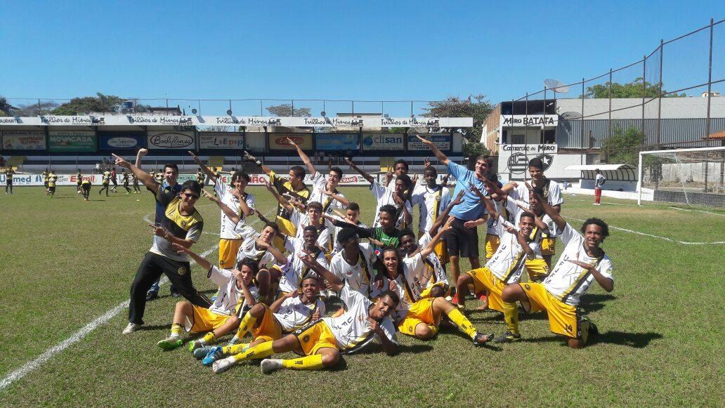 Uberabinha-UFJF comemora dois acessos e um título no Campeonato Mineiro de Base