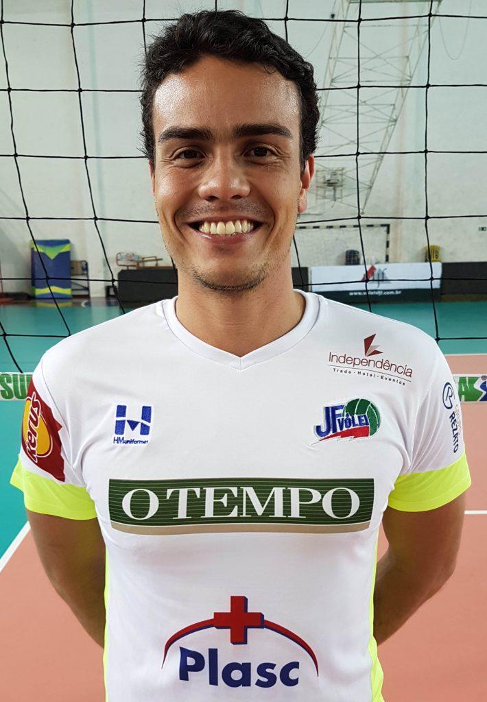 Líbero - Fabio Paes