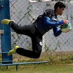 """""""Treino, suor e dedicação"""": ex-camisa 1 carijó Rodrigo Viana vibra com boa fase e acesso do São Bento"""