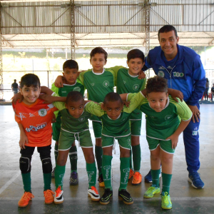 Equipe do Sport Club Juiz de Fora, com treinador-professor Rodrigo Coimbra