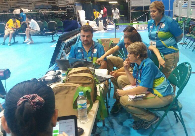 Raphael trabalhou em 14 partidas dos torneios masculino e feminino de vôlei sentado (Foto: Acervo pessoal)