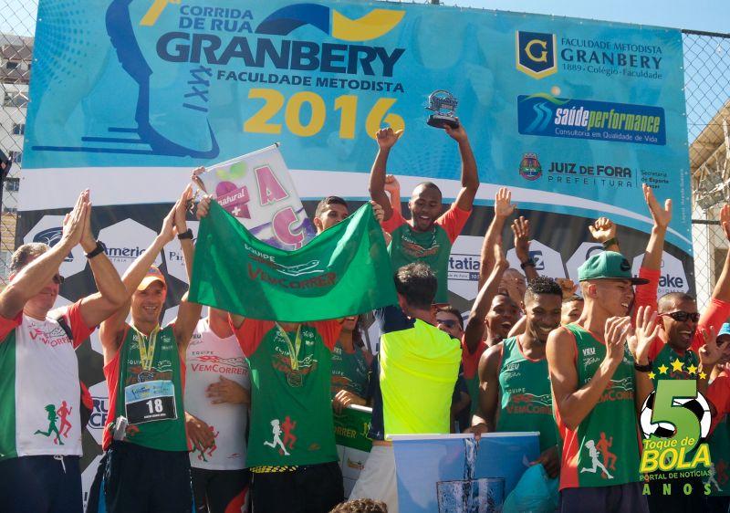 Equipe Vem Correr está em primeiro lugar no masculino