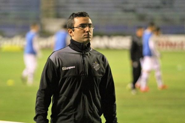Júlio Cirico não deve continuar no Tupi em 2017. Técnico tem proposta da Júnior Lopes e pode deixar Santa Terezinha após nove anos