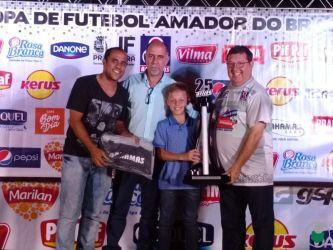 Taça Disciplina para a Escola Oficial do Flamengo (Categoria Dente-de-Leite)