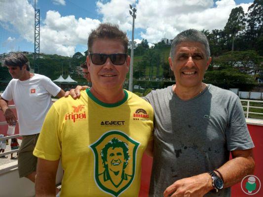 Léo Beire e Juarez Coutinho, anfitrião do trio de ex-jogadores na cidade