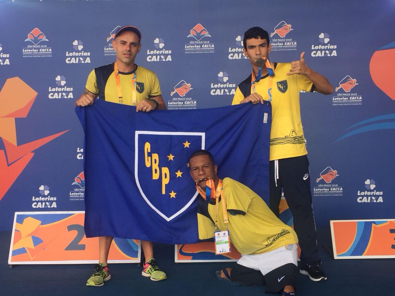 Natação Paralímpica do Clube Bom Pastor brilha no Open Internacional