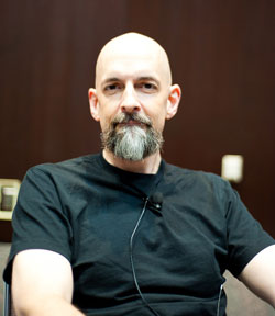 Geeks, Swords and the Snow Crash Movie: Neal Stephenson in Conversation | Tor.com