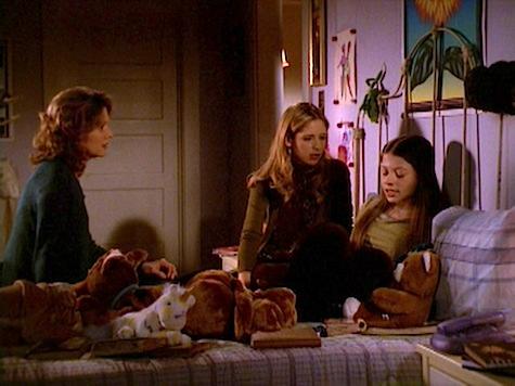 Buffy the Vampire Slayer, Blood Ties, Dawn, Joyce