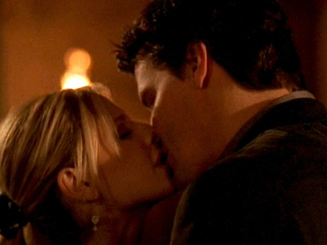 Buffy the Vampire Slayer, End of Days, Angel