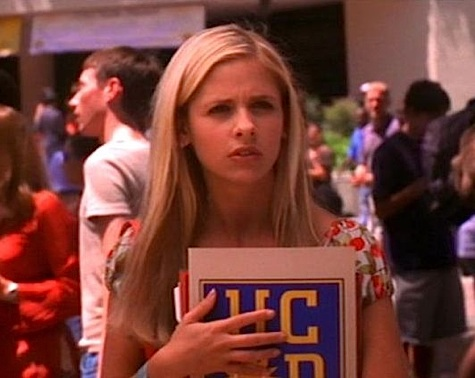 Buffy the Vampire Slayer, The Freshman/Living Conditions