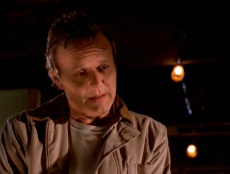 Buffy the Vampire Slayer, The Gift, Giles