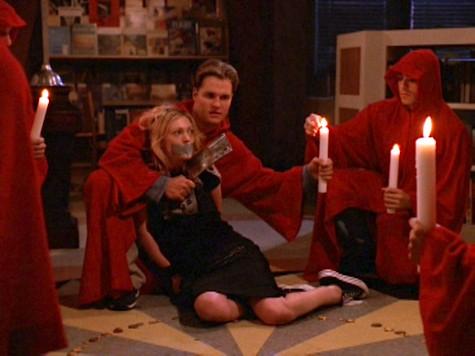Buffy the Vampire Slayer, Help, Cassie