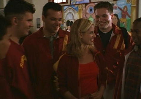 Buffy the Vampire Slayer, Homecoming